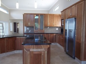 Kitchens centurion cupboards renovations granite for Kitchens centurion
