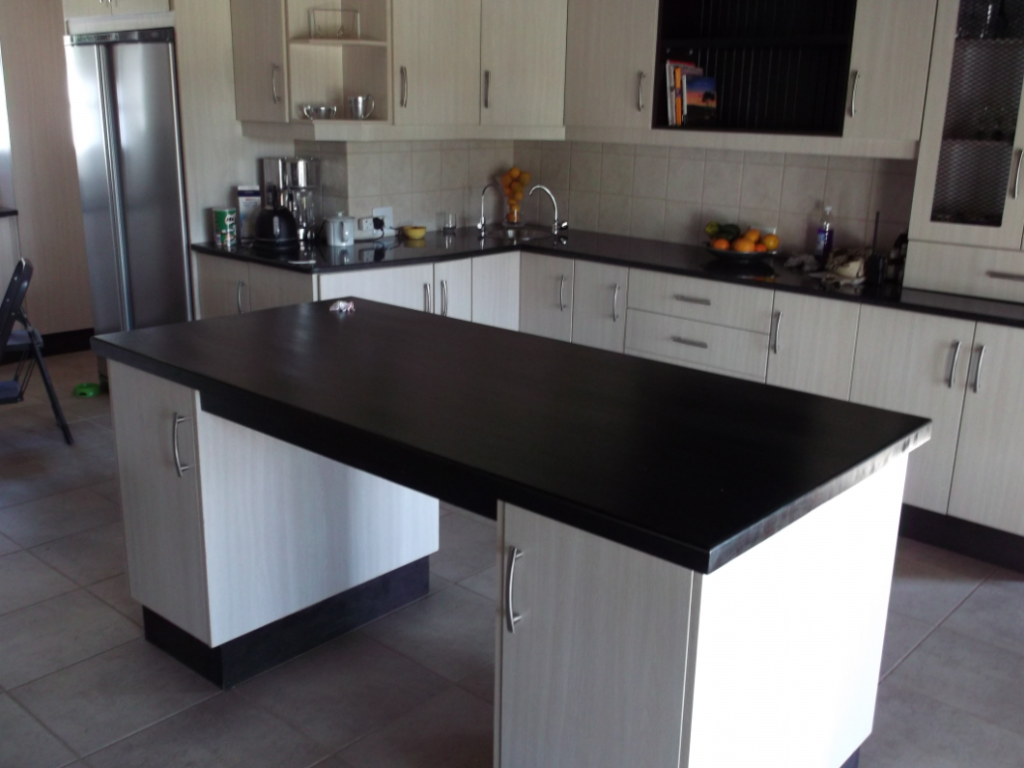 Johannesburg nico 39 s kitchens for Kitchen cupboards durban