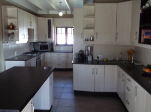White melamine Kitchen cupboards Pretoria