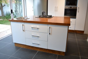 Kiaat and white high gloss center island