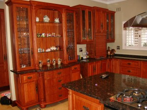 Kitchen Cabinets in Solid Wood