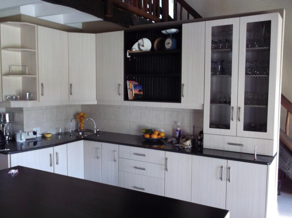 Balsa melamine kitchen with wooden top