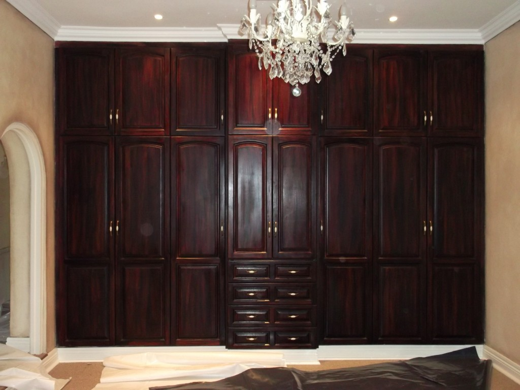 Built In Cupboards Bedroom Cabinets Amp Walk In Closets Nico S Kitchens